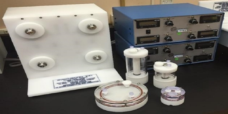 Synthecon Rotary Cell Culture System with autoclavable HARVs and STLVs
